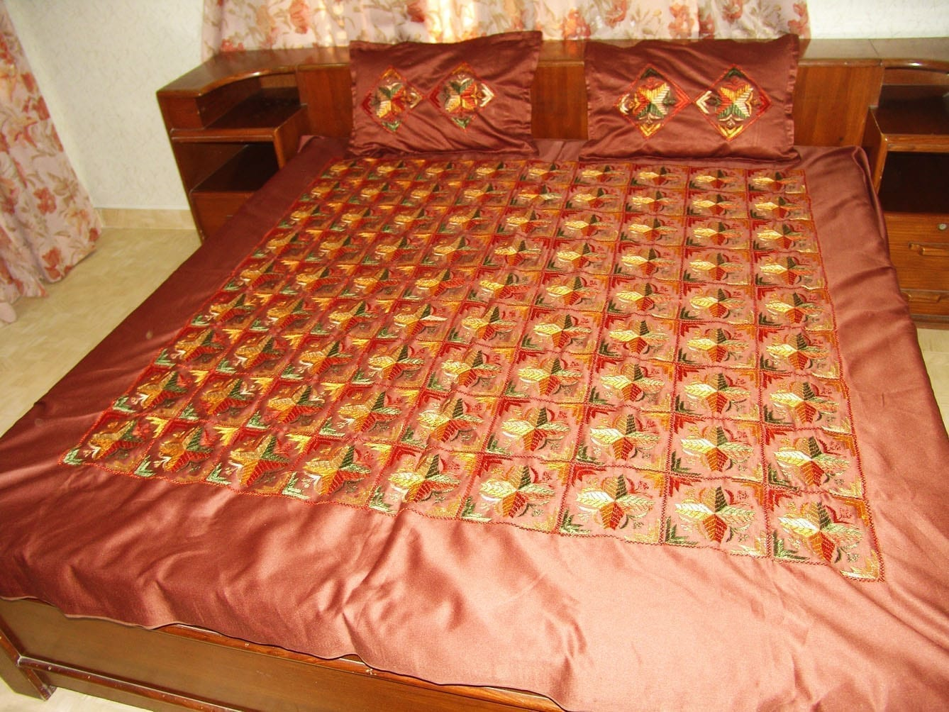 Brown Jaal Phulkari Bed Cover set Hand Embroidered Bedsheet Z0034 2
