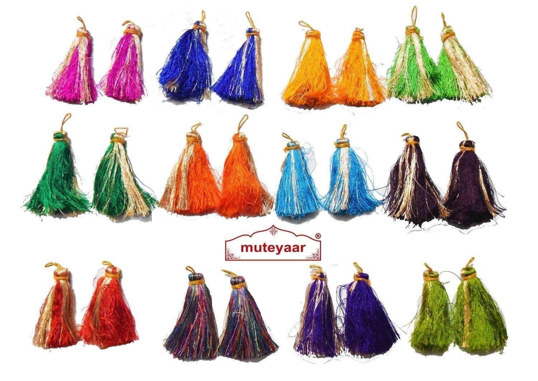 Lotan handicraft jewelery earring set with 12 pairs of tassle phumans 2
