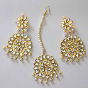 Kundan Work Punjabi Traditional Jewellery Earrings Tikka set J0467