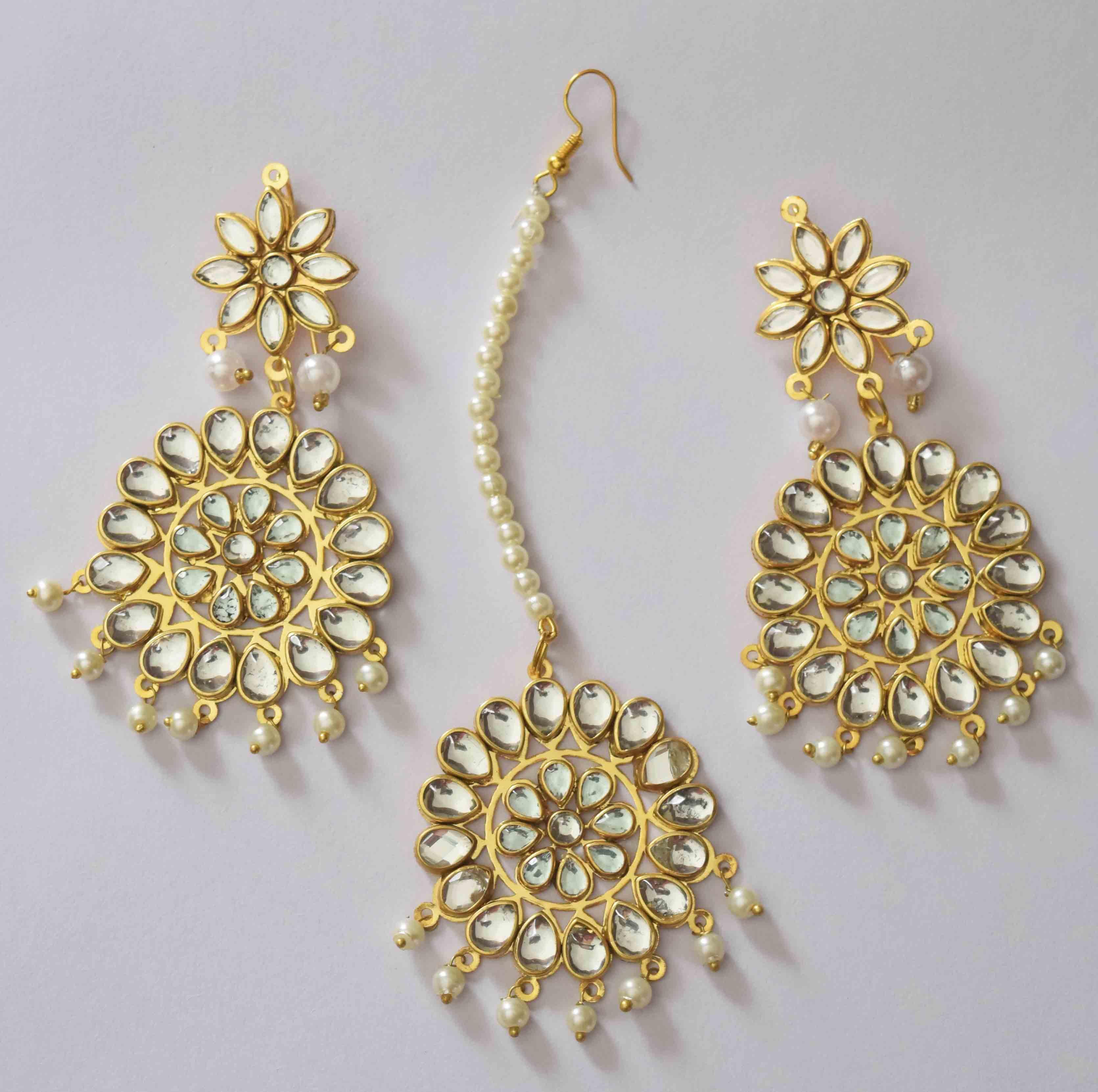 Kundan Work Punjabi Traditional Jewellery Earrings Tikka set J0467 1