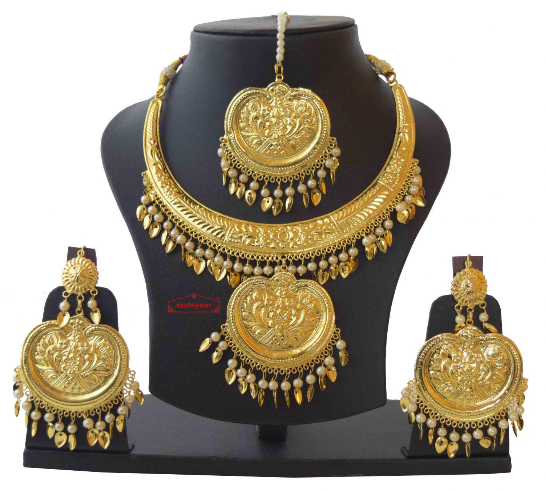 Hasli Pendant Set with Earrings Tikka Punjabi Jwellery J0475 1