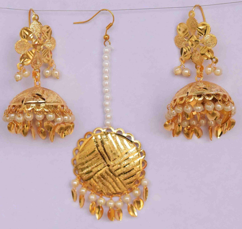 Gold Polished Punjabi Earrings Tikka set with white moti beads J0480 1