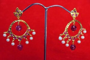 Jadau Gold Polished Traditional Punjabi Earrings set J0362