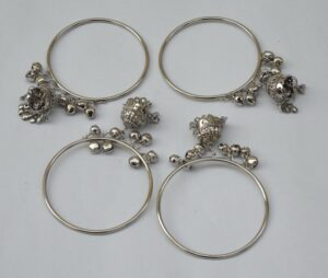 Silver Colour Latkan ghungroo bells bangles set of 4 pieces BN159