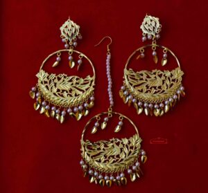 Punjabi Tikka Set with matching earrings J0509