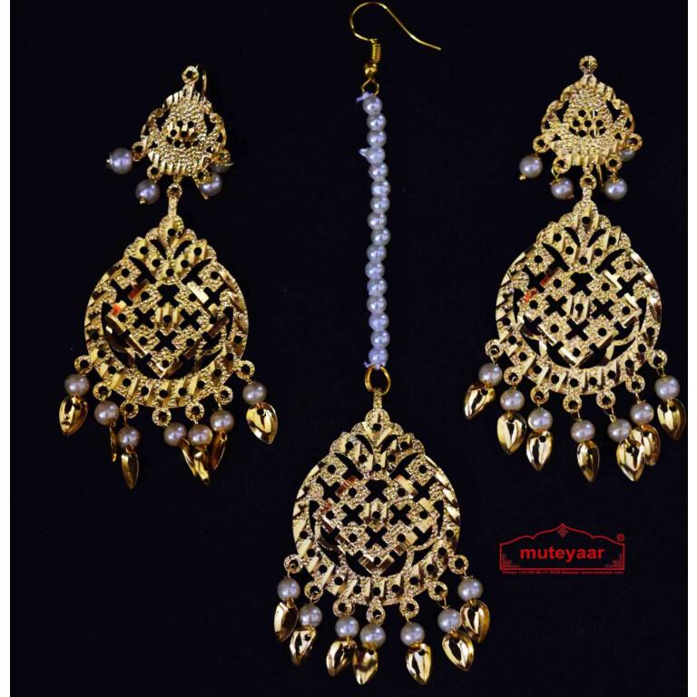 Golden Punjabi Tikka Earrings Set J0511