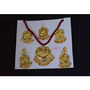Gold Polished Punjabi Traditional Jewellery Set J0513