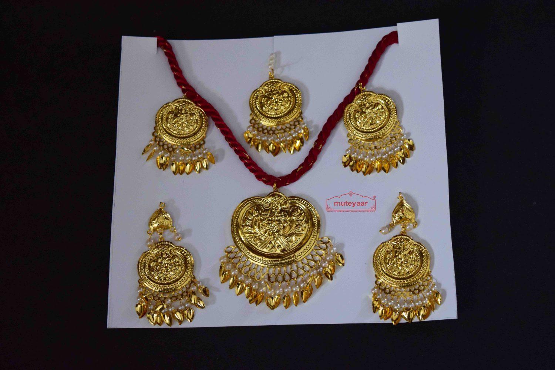 Gold Polished Punjabi Traditional Jewellery Set J0513 1