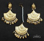 Gold Polished Traiangular Earrings Tikka set J0536