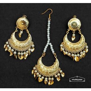 Chandrama Design Tikka Earrings Set J0537