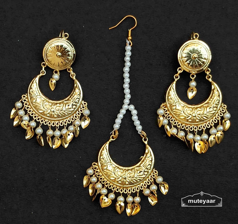 Chandrama Design Tikka Earrings Set J0537 1