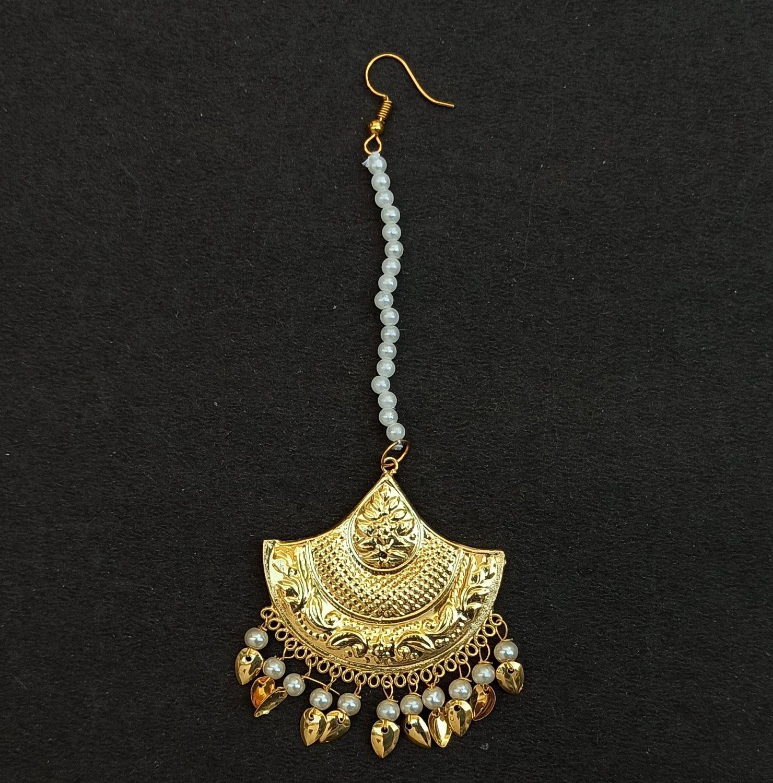 Triangular Tikka Maang Teeka Hair Jewellery J0539 1