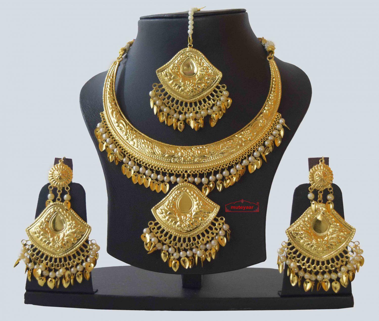 Hasli Set with Earrings Tikka Punjabi Jewellery J0553 1