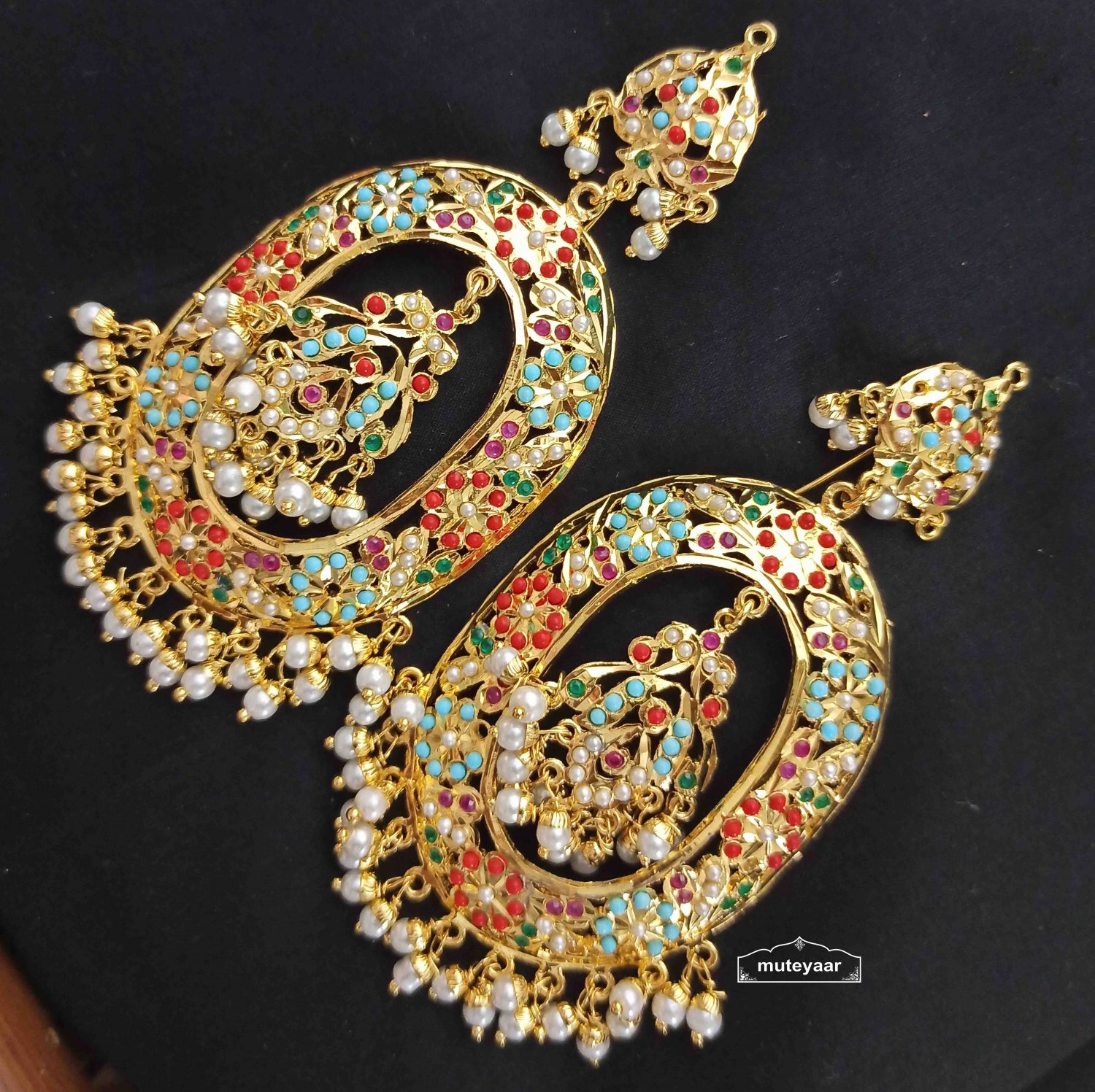 Jadau Earrings Oval Design with Real Gold Plating J2001 1