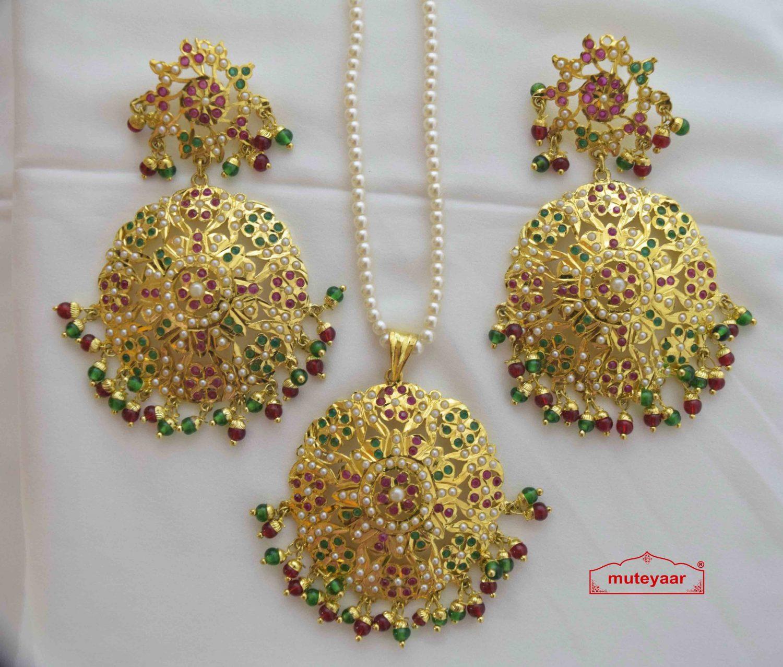 Jadau Pendant Set Gold Plated Jewellery J4012 1