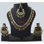 Kundan Set with Multicolour Beads & Pipal Patti J0562