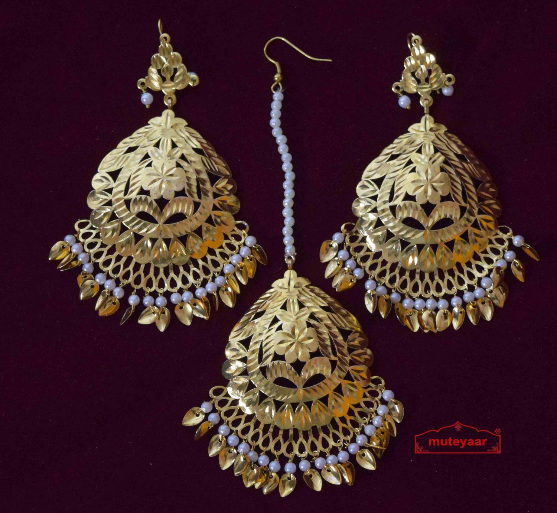 Cut Work Golden Earrings Tikka set J0564 1
