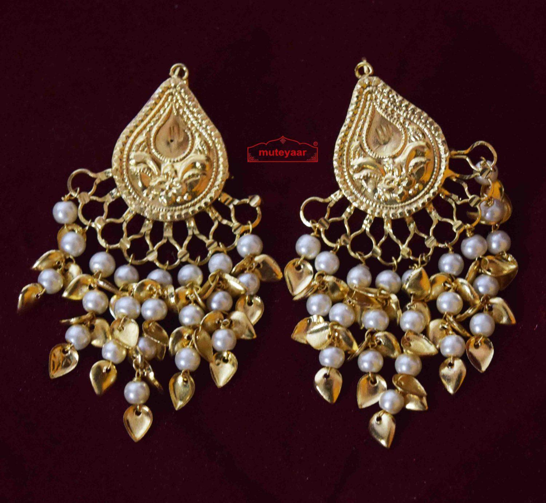Tear Drop Earings with Moti Patta Hangings J0569 1