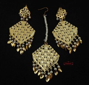 Golden Tikka Earring Set J0607
